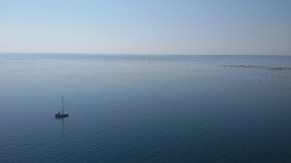 La mer si bleue vue du château de Dino près de Trieste. Boris Pahor aimait se baigner dans la petite crique en bas du château !